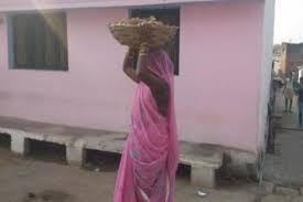 जालौन-दलितों के अधिकार बुंदेलखंड में कोई नही ढो रहा मैला इस झूठे बयान पर भग्गूलाल वाल्मीकि ने सरकार से की जाँच की मांग 2