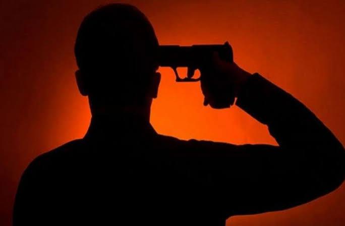 जालौन-पिता की लाइसेंसी रिवाल्वर से पुत्र ने खुद को मारी गोली।
