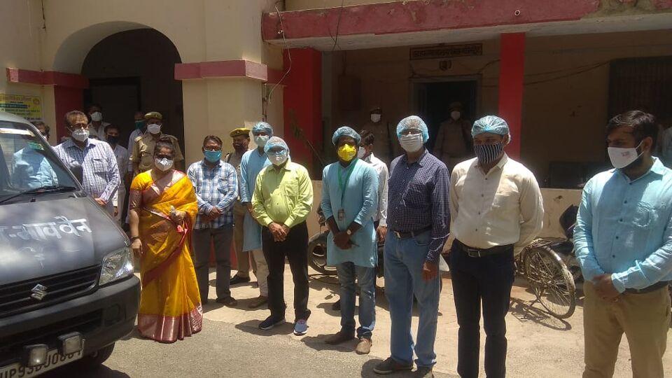 जालौन में भारत विकास परिषद एव प्रभु आइये ट्रस्ट की निःशुल्क सेवा भाव वैन का हुआ शुभारंभ।