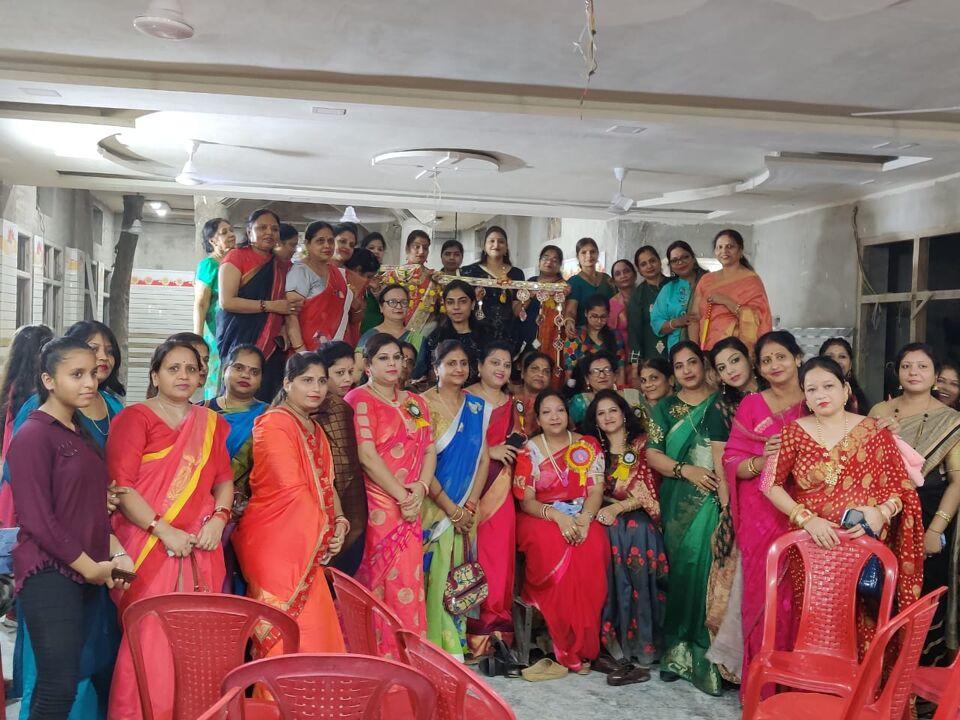 उरई में अग्रसेन जयंती कार्यक्रम में बच्चों,महिलाओं ने दी विभिन्न प्रस्तुतिया